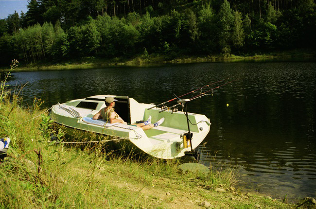 Rybarska-lodka-03